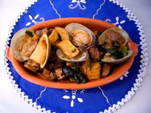 gastronomia-porco-a-alentejana-3